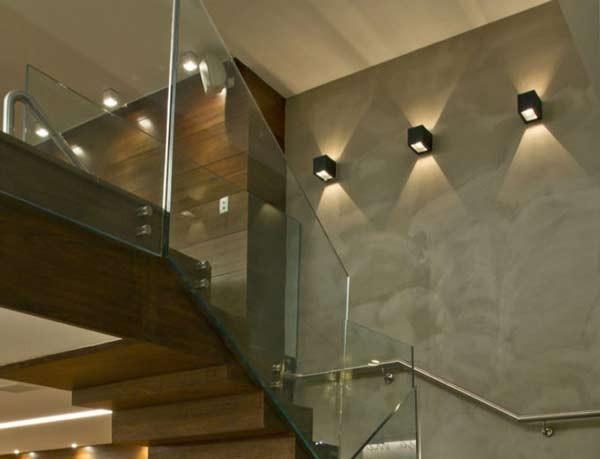 Tổng hợp các mẫu đèn cầu thang đẹp nhất hiện nay