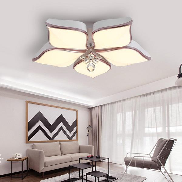 Mẫu đèn trang trí cho phòng khách thêm sang trọng
